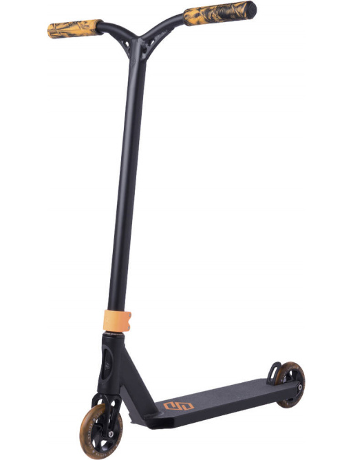 Patinete Freestyle Striker Lux Negro / Naranja