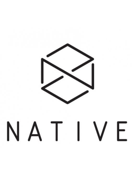 Pegatina blanca Native Logo